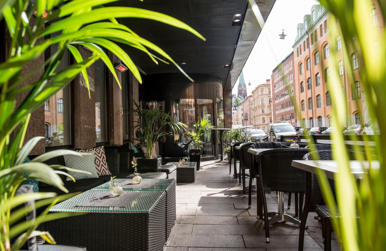 Outdoor_terrace